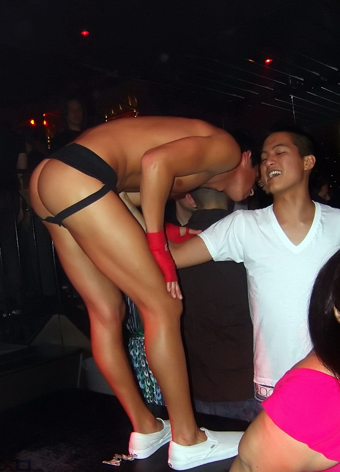 prostitutas numeros telefonicos fiesta gay