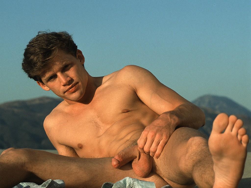 Vidoes de hombres desnudos