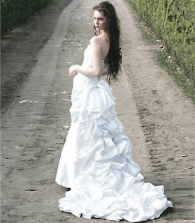 modelos de Vestidos de Noiva com Cauda