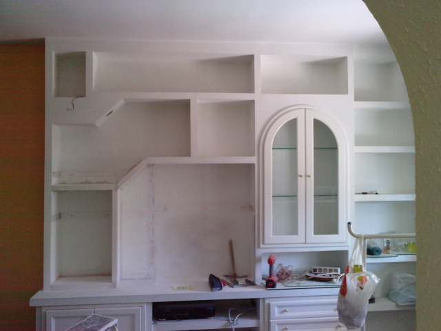 en la imagen mostramos el mueble ya modificado quedando nicamente su posterior pintado - Muebles De Escayola