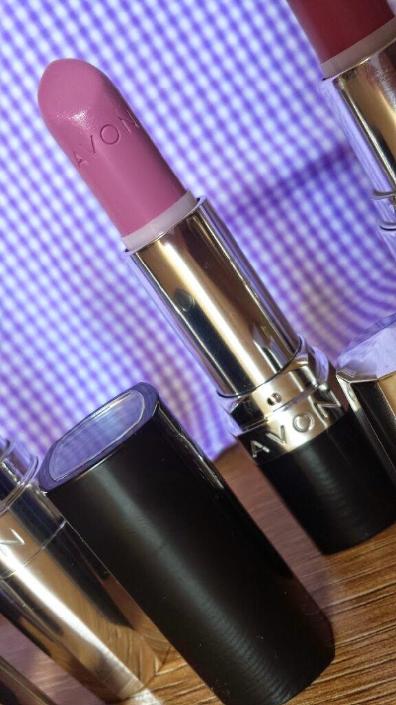 Avon Lipstick - Ultra Colour - Optimistic Orchid