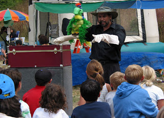 live puppets show