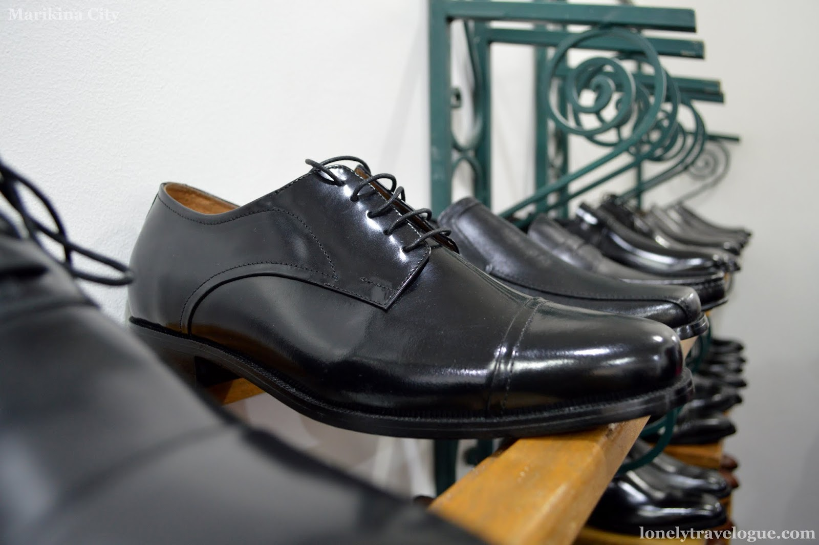marikina shoe industry essay Maco custodio sheds light on the marikina shoe industry can the shoe capital of the philippines bring back its golden days.