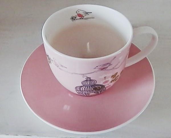 DIY autour du thé : Recycler une tasse en bougie
