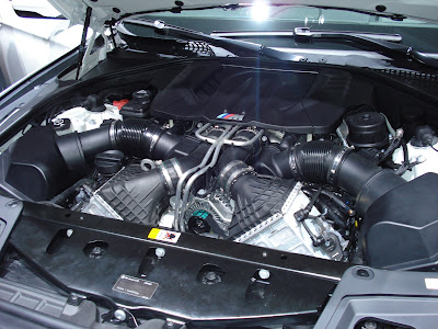BMW M5 F10 engine