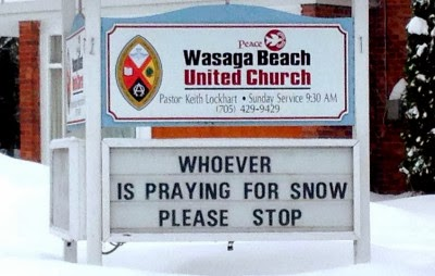 http://www.funnysigns.net/whoever-is-praying-for-snow/