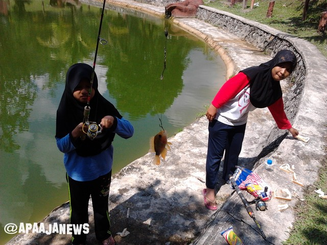 pertandingan pancing ikan