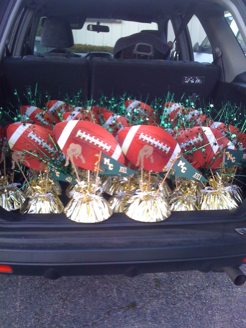 The tulip collector football centerpieces loaded and