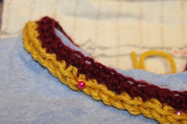 crochet collar trim for The Help sweater makeover