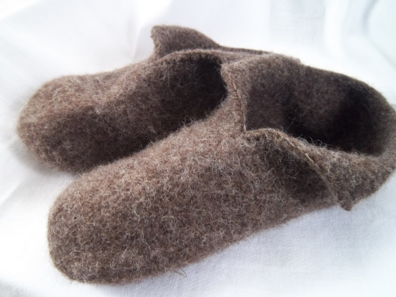 Knitting Pattern For Felted Slippers : Pilgrim Purse ~ and Poetry: Knit Felt Slippers for Adults