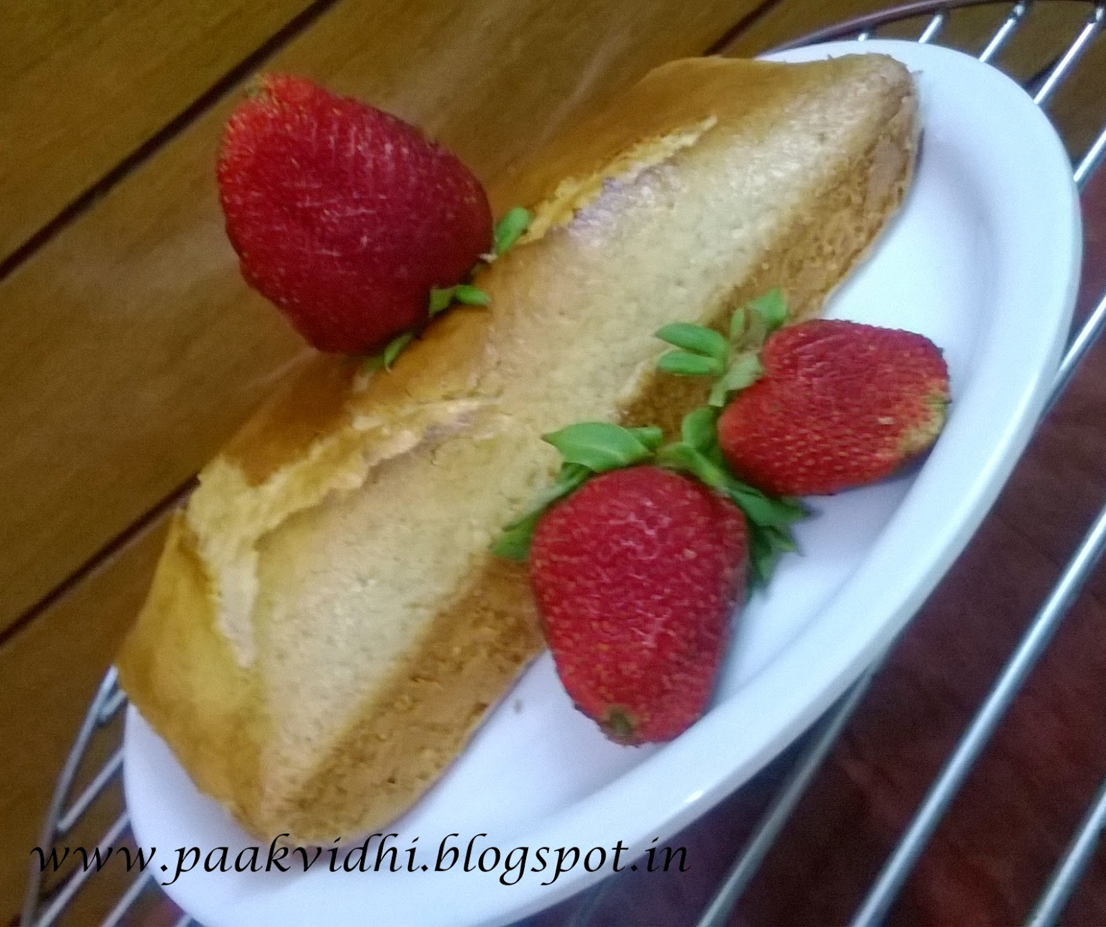 http://paakvidhi.blogspot.in/2014/03/eggless-sponge-cake-recipe.html