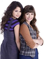 Demi y Selena!