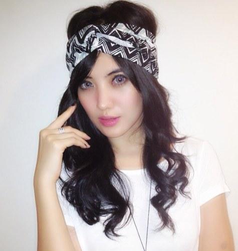 Foto foto Mayang Naomi Artis Cantik Indonesia