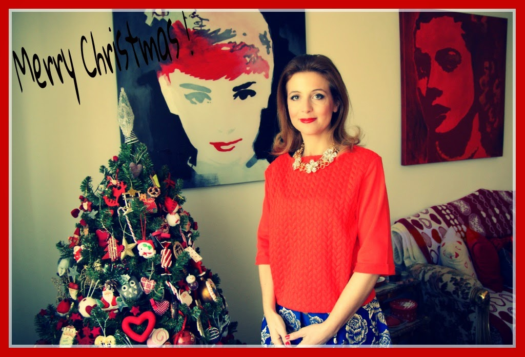 Christmas wishes from Fashion and Cookies fashion blog