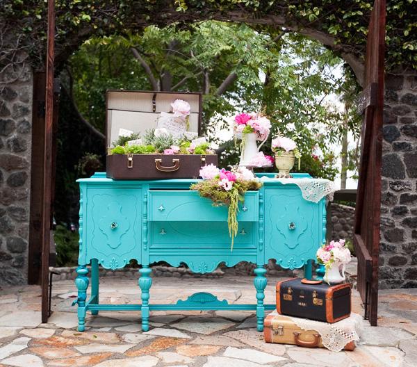 English Garden Wedding: Style & Grace Events: Wedding Trend {Vintage}