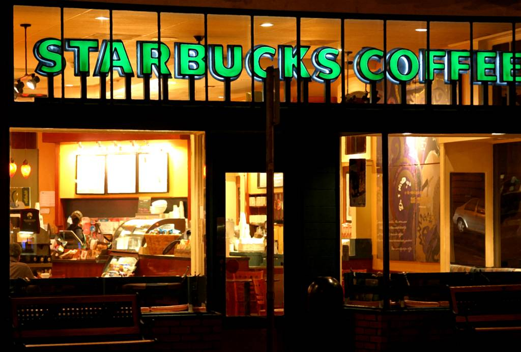 {In Another Life} «a original series» Night-Starbucks1