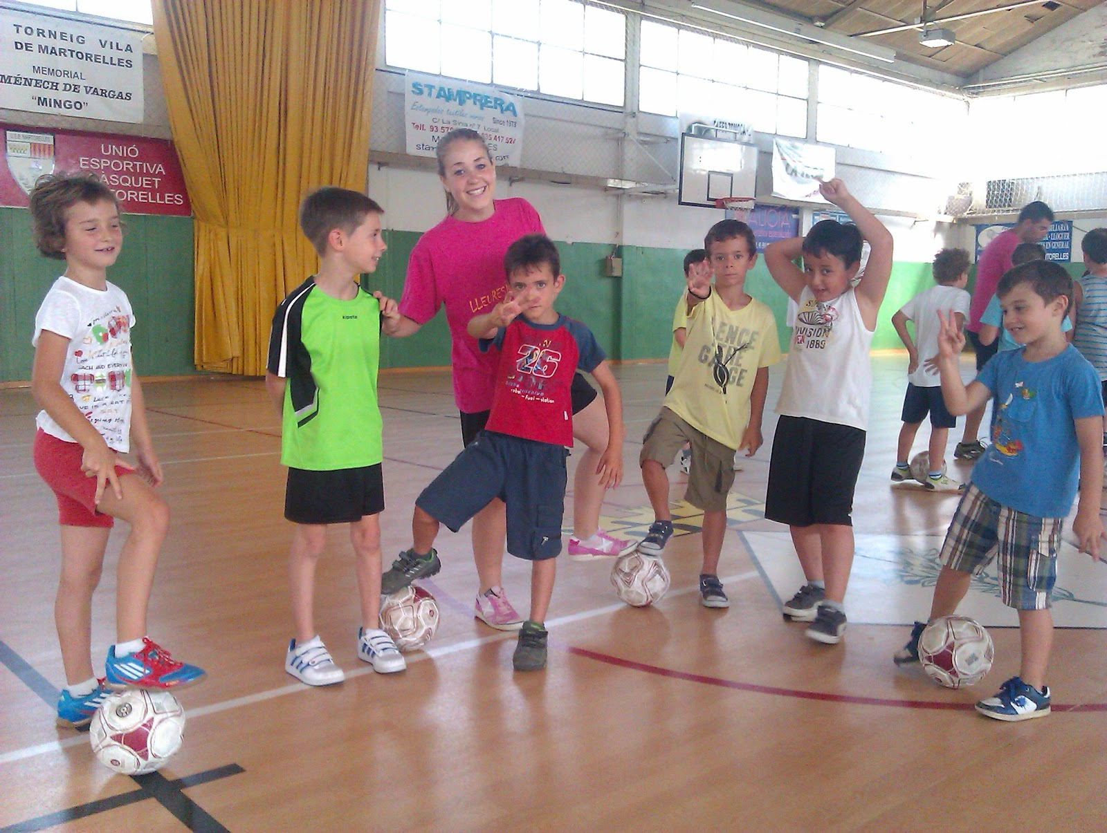 Esports a martorelles comen a el lleuresport martorelles 2012 for Piscina martorelles