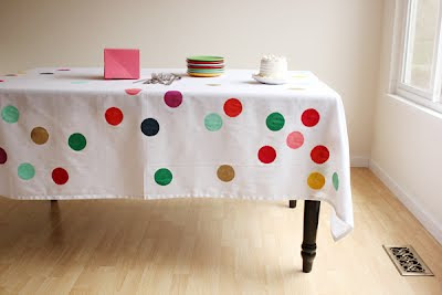 Creative Tablecloths and Cool Tablecloth Designs (15) 10