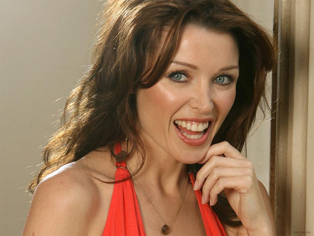 http://2.bp.blogspot.com/-2E_JwN3hQBE/UCJXCksTB8I/AAAAAAAADQk/86H1gdGc5VE/s1600/Dannii-Minogue-Wallpapers.jpg