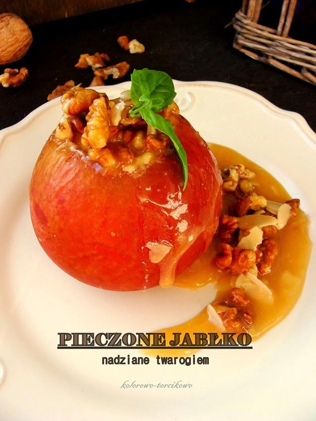 Pieczone jabłka nadziane twarogiem