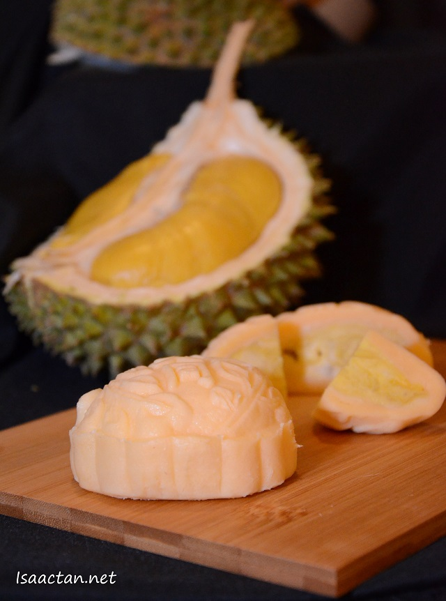 Imperial Musang King Royale - RM78 for 2 pcs