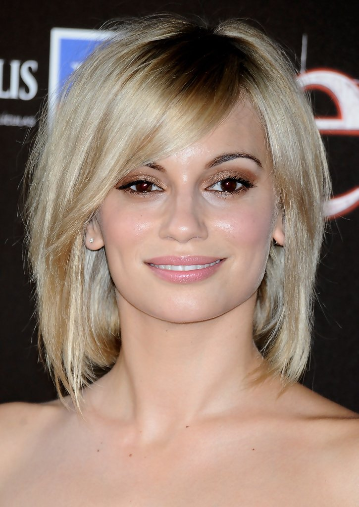 GRADUATED BOB HAIRSTYLES: BOB HAIRSTYLES FOR 2013: TRENDY AND VERSATILE