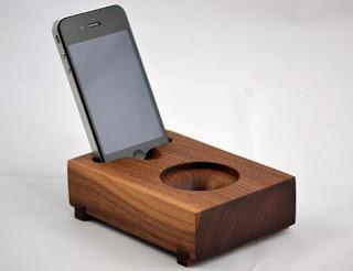 Loa iphone không pin gỗ