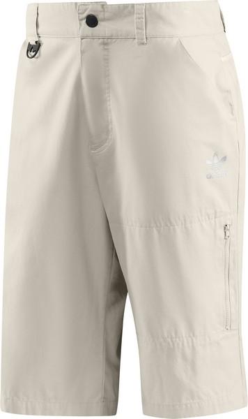 Adidas Tişörtler ve Kapri Pantolon Modeli