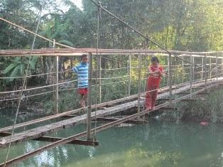 Jembatan Gantung Dibangun Permanen