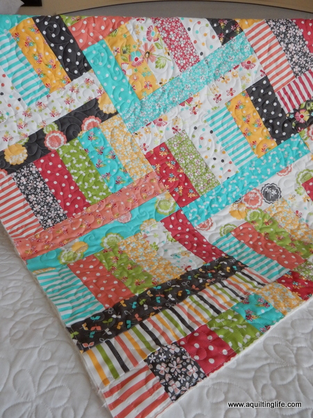Quilt Patterns Using Moda Jelly Rolls : Hello August! A Quilting Life - a quilt blog