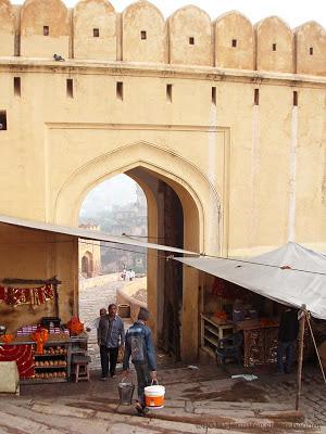 encampment, trinkets, sellers, souvenirs