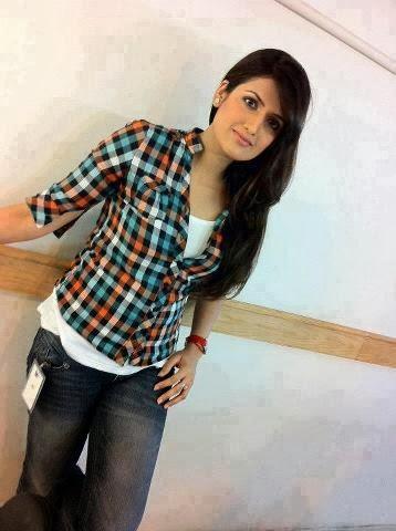 Desi+Indian+perfect+cute+girl+posing005