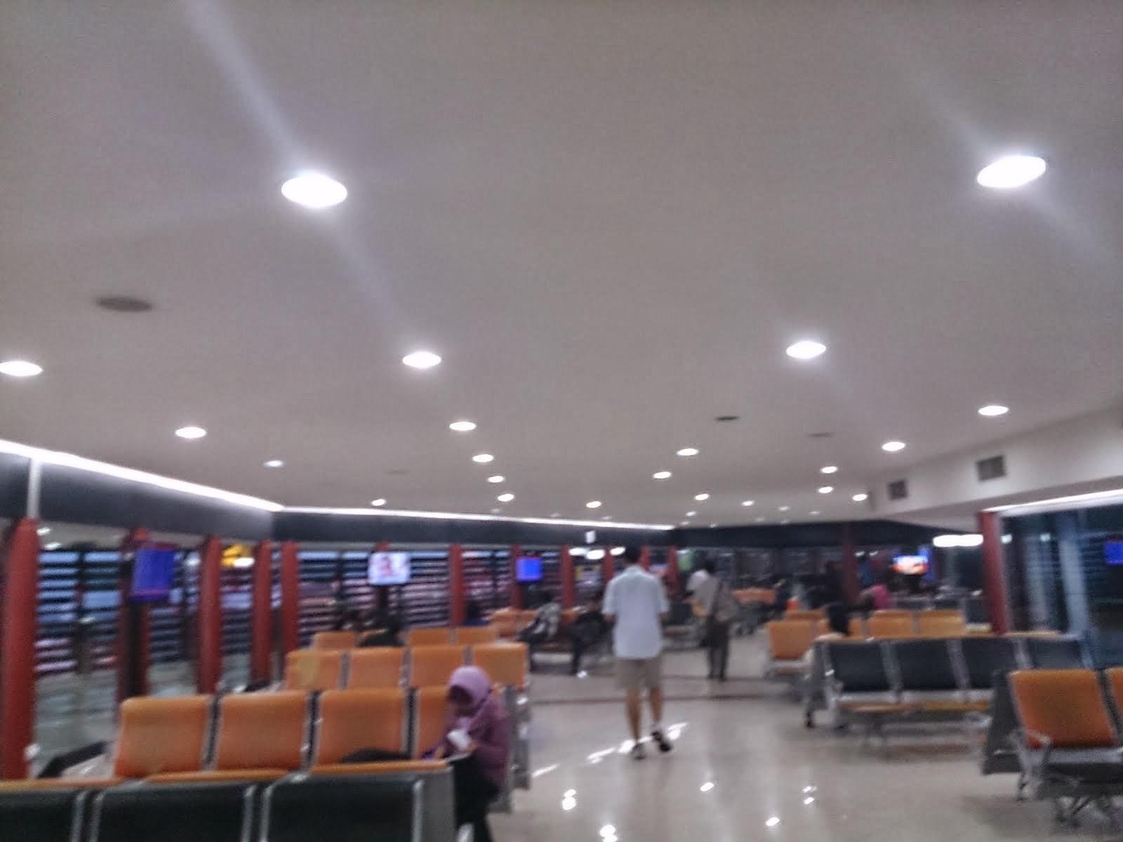 R.Tunggu Terminal 1 B Bandara Soekarno Hatta
