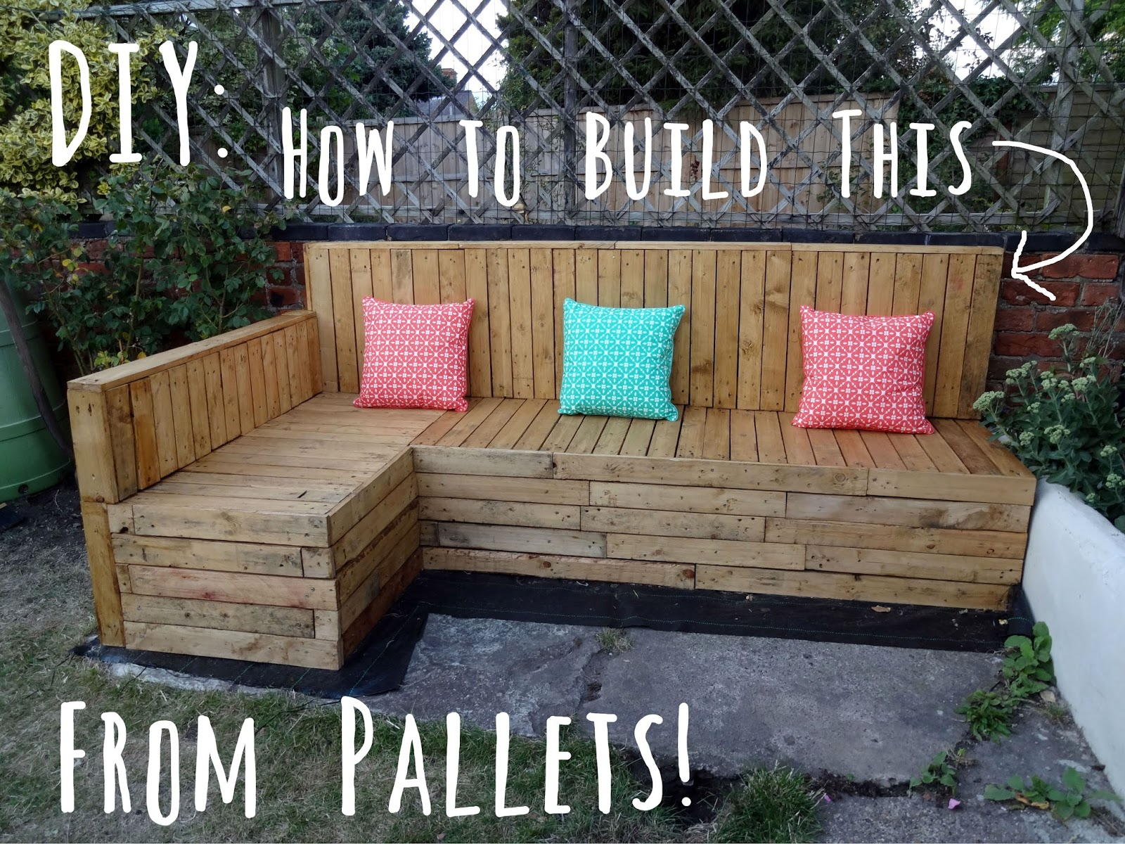 DIY How To Build Pallet Seating