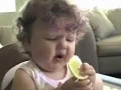 gambar bayi makan yang asem-asem