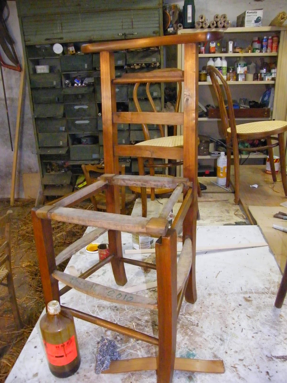 normandie cannage eb niste recollage bois petites r parations barreaux et cache paille. Black Bedroom Furniture Sets. Home Design Ideas
