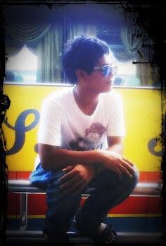My B0yfrIEnD