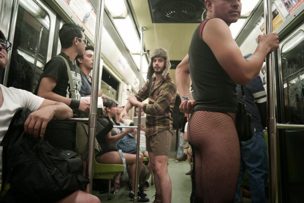 Flashing in nyc subway - 3 part 6
