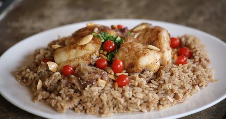 صيّاديّة (الأرز بالسمك المقلي)