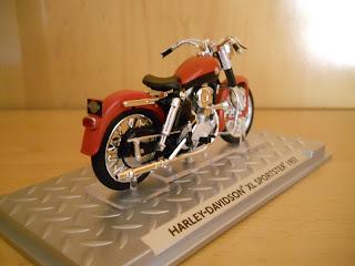 Harley-Davidson 883 XL Sportster 1957 escala 1/24