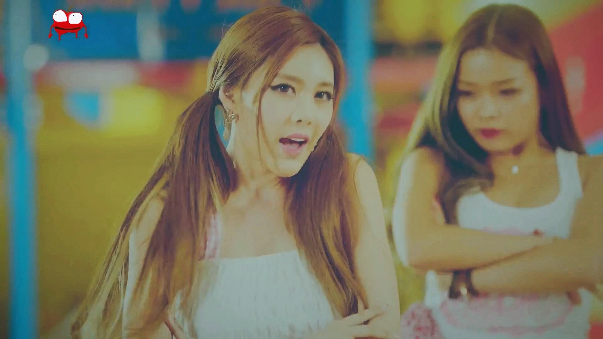 T-ara Little Apple Qri