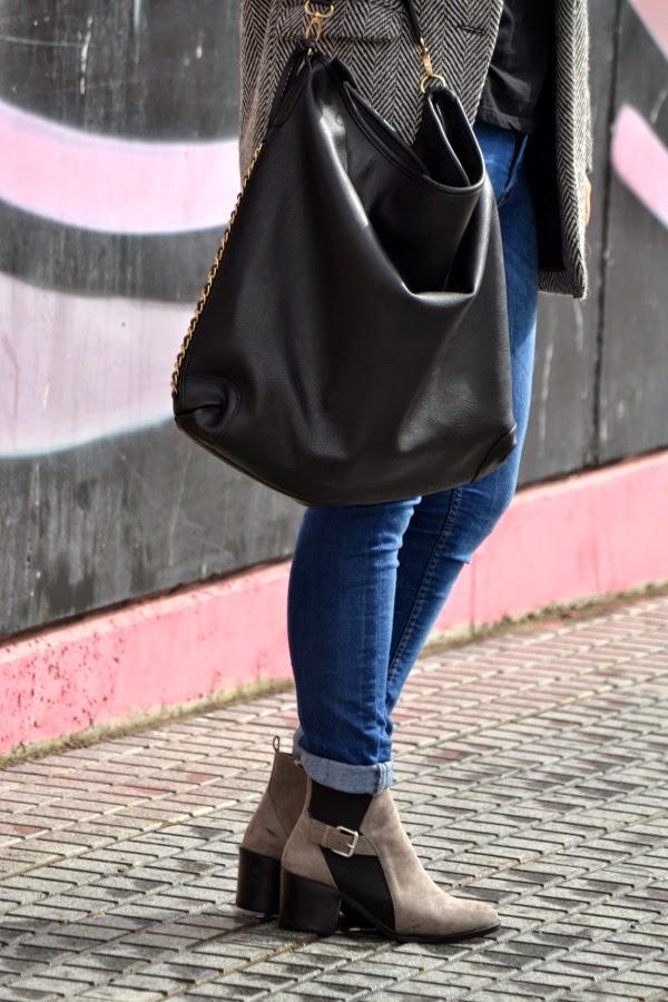 look_outfit_abrigo_gorrito_crochet_lana_valentina_complementos_lolalolailo_04