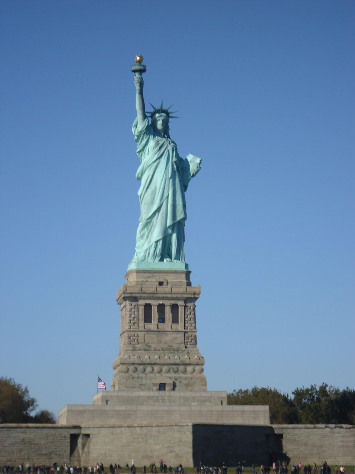Transitando transitando en la estatua de la libertad for Interior estatua de la libertad