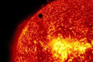 Il pallino nero è Venere