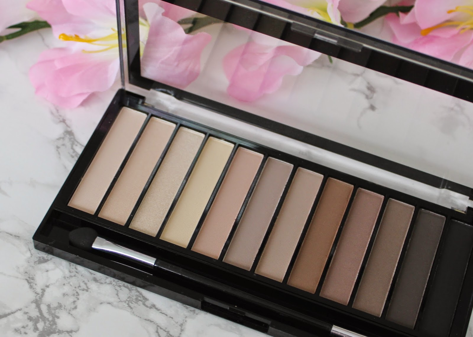 ... this palette just about sums up my nude shadow dreams and rolls them into a happy, beigy-taupey-brown ball. Heart-eyed emojis times ten. If the shades ...