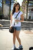 Tanvi Vyas Glamorous photos-thumbnail-15
