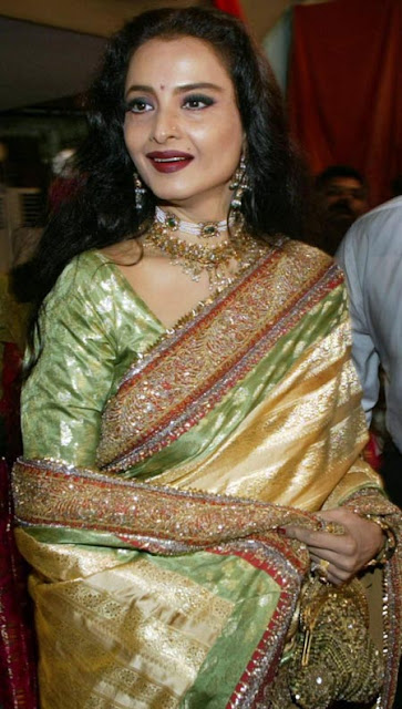Stunning Rekha in a Gorgeous saree