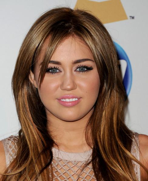 miley cyrus 2011 oscars. Miley Cyrus 2011,miley cyrus