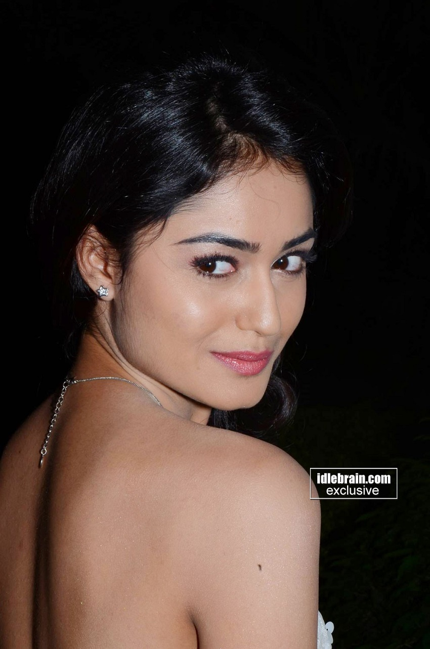 Tridha Choudhury backless