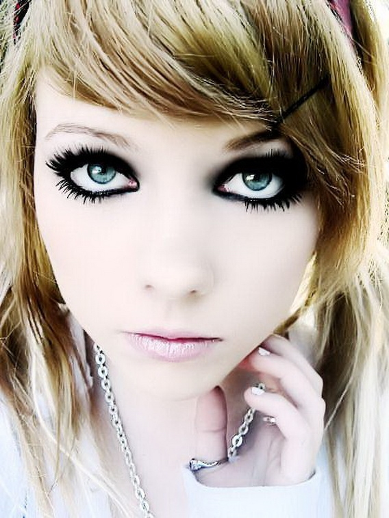 Hairstyles: Cute Emo Hairstyles For Medium Hair - Emo Hairstyles